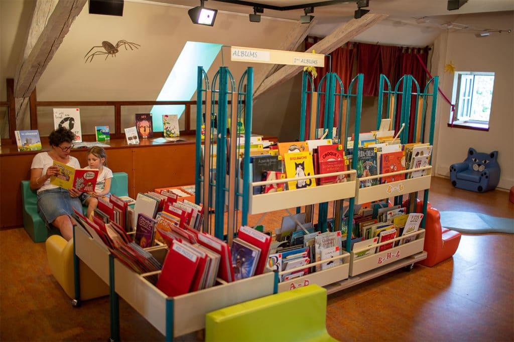 Bibliothèque Michel Butor à Lucinges - espace enfants