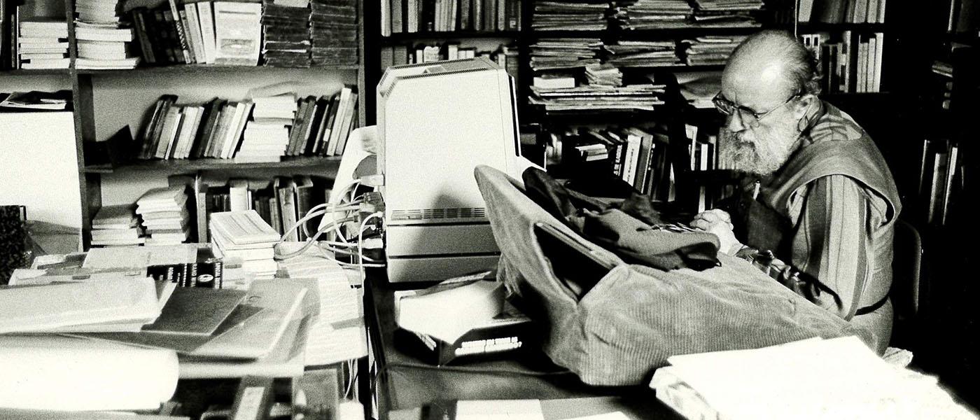 Michel Butor dans son bureau de Lucinges © Maxime GODARD
