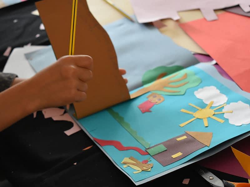 Réalisations des enfants au manoir des livres